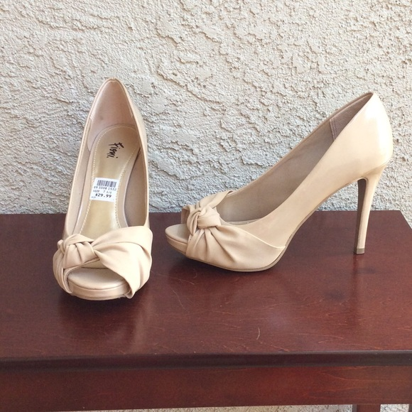 neutral peep toe heels order e2b15 8d1d8